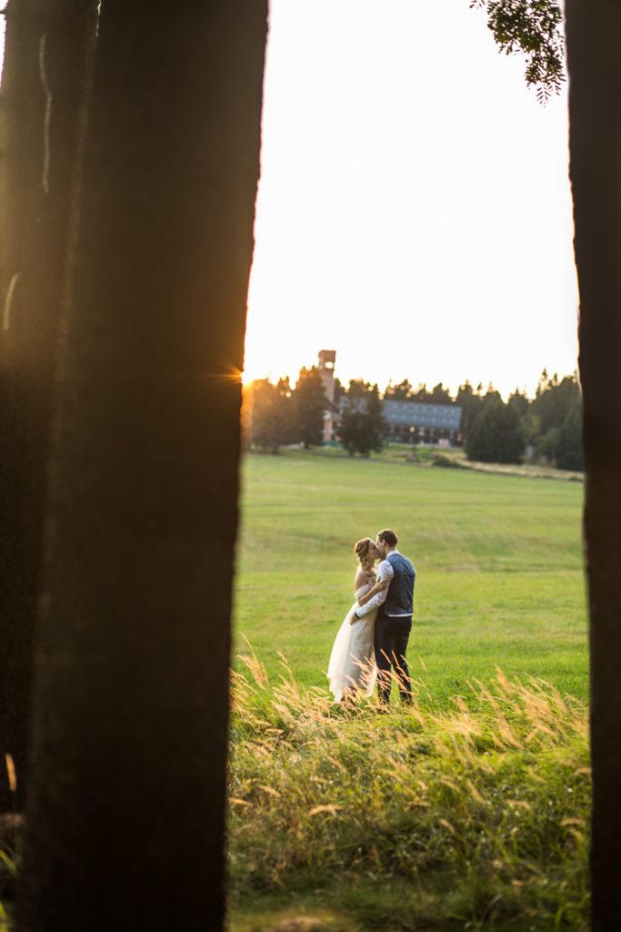 Novomanželské focení v přírodě